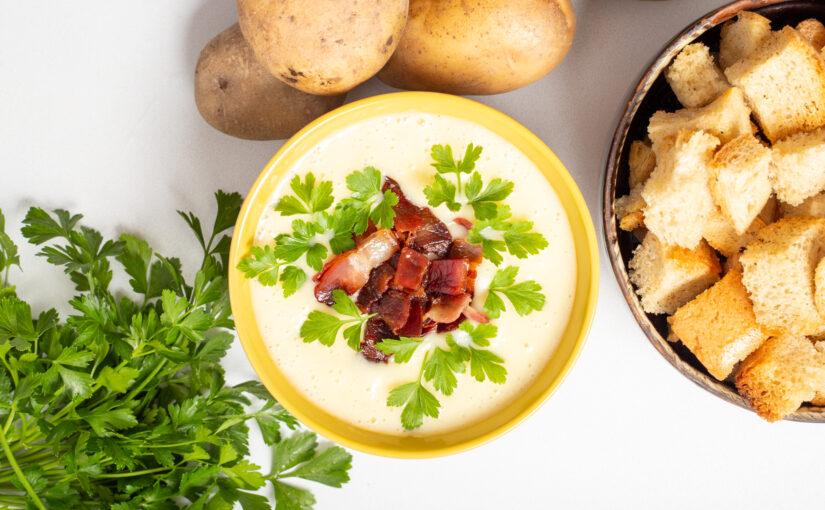 Supă de cartofi cu smântană și bacon